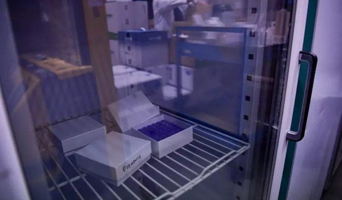Refrigerador de vacinas