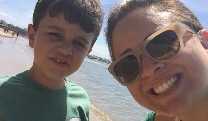 Diogo Filho e a mãe, Michelli Freitas