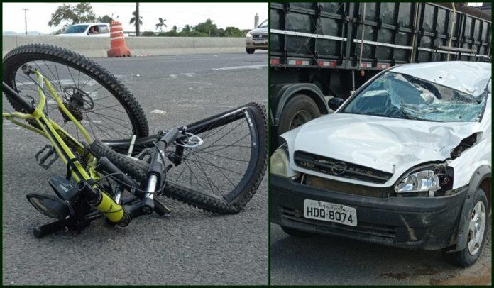 Bicicleta e carro destruídos após acidente ocorrido em Feira de Santana