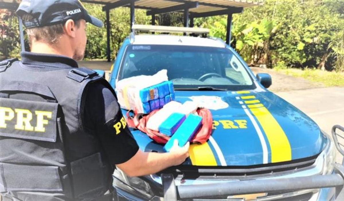 Jovem é presa com 13,3 kg de maconha quando viajava em ônibus no sul da  Bahia – Namidia News