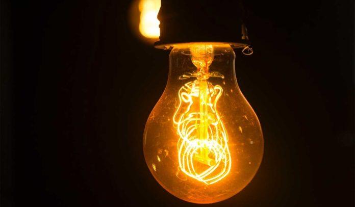 Aneel prorroga proibição de corte de energia por inadimplência