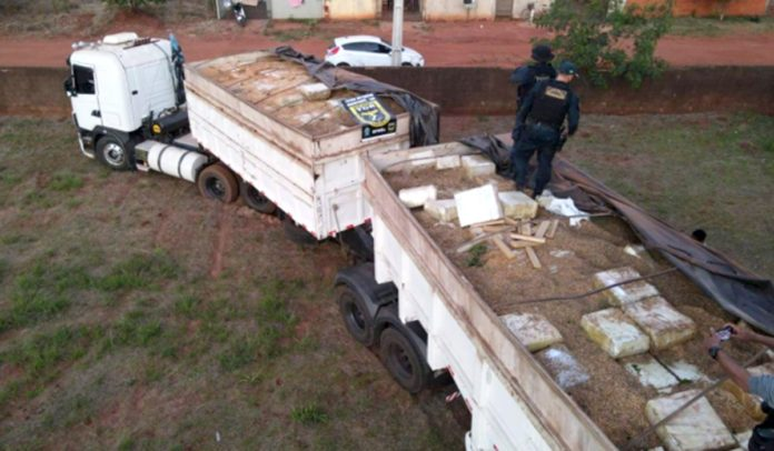 Polícia Militar Rodoviária faz a maior apreensão de drogas da história do país