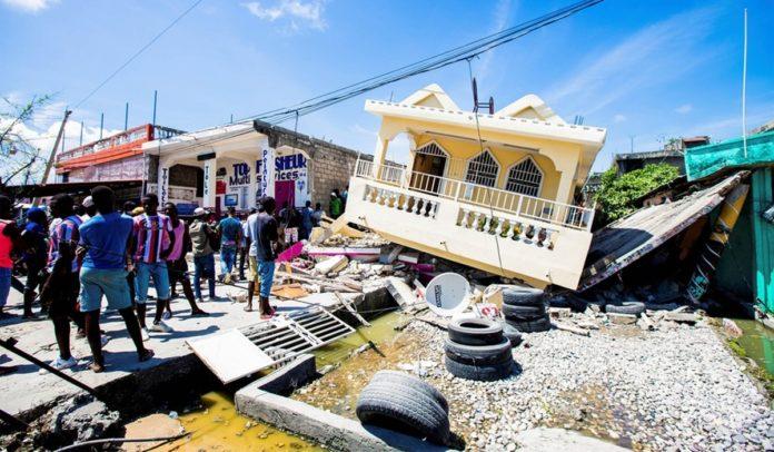 Brasil vai enviar remédios e bombeiros ao Haiti após terremoto que deixou mais de 2 mil mortos
